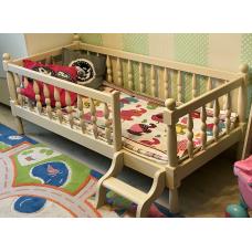 """Кровать детская """"Лика"""" точеная из массива дерева"""